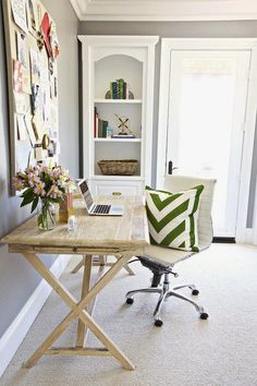 Preppy spring home office