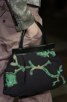 Dries Van Noten at Paris Fashion Week Fall 2005 - Details Runway Photos