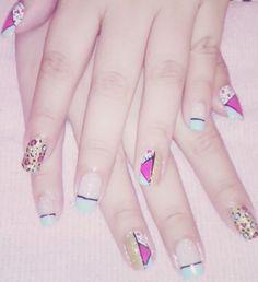 Figuras Nails, Beauty, Finger Nails, Ongles, Beauty Illustration, Nail, Nail Manicure