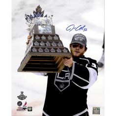 Jonathan Quick Signed Conn Smythe Trophy Vertical 16x20 Photo (Jonathan Quick Holo)