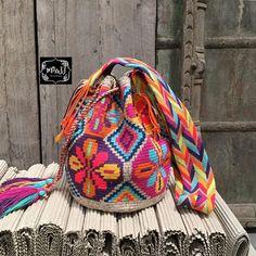 💕reserved ka💕🎊🎊New Arrival ka🌺พร้อมส่ง🌺รุ่น7สีพิเศษค่ามี7-10สีเลยคร้า รุ่นเดียวกะใบ7สีพิเศษคุณพลอยนะคะ คนถักกลุ่มเดียวกานเยย #กระเป๋าถักแบบคุณพลอย  #ที่นี่นะคะ😆 large special 7colors thread 28*30cms +- #wayuubag #wayuumocila #wayuulover #colombianbag #mochila  #boho #bohemian #chic #boho #bohochic #vintage #vintagechic #hippie #chic #thankyouforyoursupport #missjjwayuubag #missjj #colorsmakemyday #พร้อมส่ง #ตามหา #ตามหากระเป๋าโคลัมเบีย #กระเป๋าโคลัมเบีย #นำเข้าเองค่าา #กระเป๋าถัก…