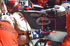 Afbeeldingsresultaat voor PICTURES AFTER AYRTON SENNAS FATAL CRASH