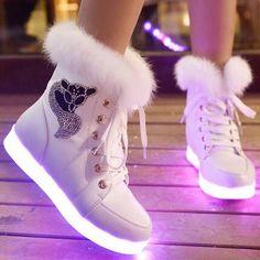 2016新しい7色発光靴女性高トップウサギ毛皮キルティングブーツusb充電式led靴黒冬の雪靴