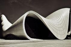 Haydar Aliyev cente organic architecture