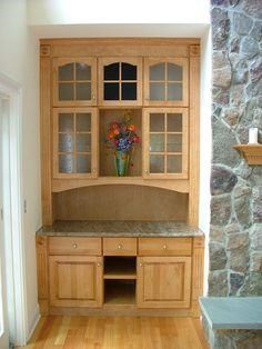 Birch cabinet idea for slanted wall Birch Cabinets, House Projects, Mudroom, Bookcase, Kitchens, Room Ideas, New Homes, Desk, Shelves