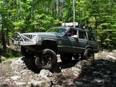 Jeep Cherokee XJ at Turtle Ridge Off Road Park