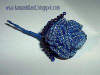 kanzashiland rosa elaborada con rocallas Miyuki