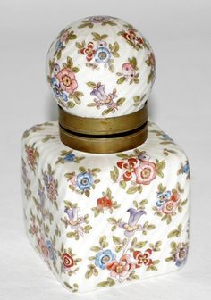 VICTORIAN PORCELAIN & CERAMIC INKWELL W/ COVER