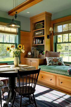Summer Lake House Family Room
