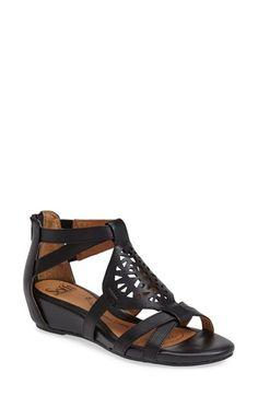 Söfft 'Breeze' Sandal (Women) available at #Nordstrom 34 five star reviews - runs narrow $70