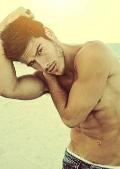 I have a sudden urge to want to go to the beach.lol.