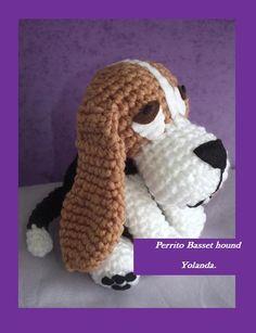 Basset hound amigurumi                                                                                                                                                     Más