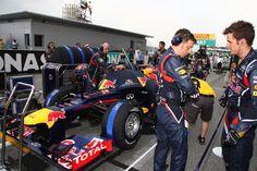 25.03.2012- Race, Sebastian Vettel (GER) Red Bull Racing RB8