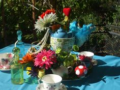 Mad Hatter/Alice in Wonderland Birthday Party Ideas | Photo 3 of 49 | Catch My Party