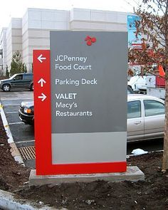 Vehicular monument directional sign