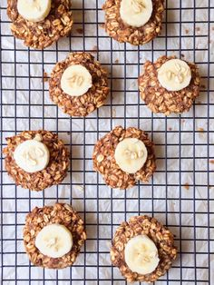 4-Ingredient Banana Oatmeal Breakfast Cookies – The Dish On Healthy