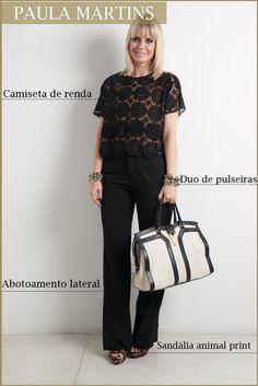 Calça alfaiataria Prada, camiseta de renda NK Store, pulseiras Camila Klein, bolsa YSL e sandália Miezko.