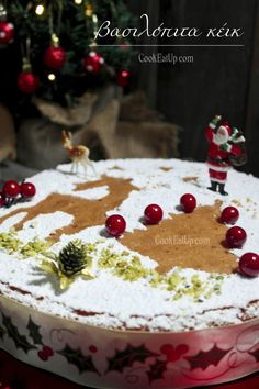 Vasilopita Cake, Vasilopita Recipe, Greek Cake, New Year's Cake, Biscotti Cookies, Cheesecake Cake, Cookie Frosting, Christmas Baking, Christmas Recipes