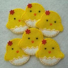 Little Chicken and Egg Felt - could make as a cookie decoration