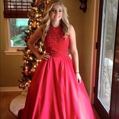 Sherri hill red ball gown❤️❤️ Gorgeous taffeta and beaded Sherri hill gown worn only once for freshman ball! Great condition!!! Hemmed at bottom but can be let out! All offers considered if reasonable!! Thank you! Sherri Hill Dresses Prom
