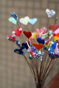 Have created these hearts and slipped messages into the fold, but never thought about a bouquet.
