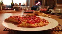 Skap perfekt helgestemning med hjemmelaget pizza. Denne er helt glutenfri!  (Foto: God morgen Norge)