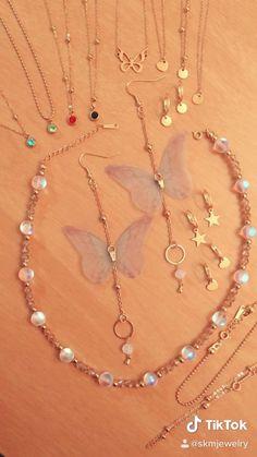 Handmade Wire Jewelry, Diy Jewelry, Gold Jewelry, Beaded Jewelry, Diy Necklace, Necklace Designs, Bijoux Wire Wrap, Jewelry Making Tutorials, Personalized Jewelry
