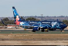 Boeing 737-8CT aircraft picture