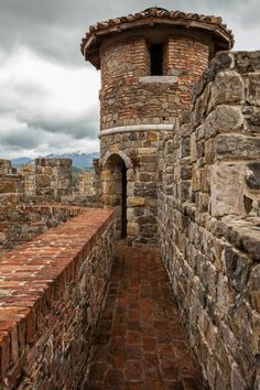 battlements at Florin castle except it would all be stone