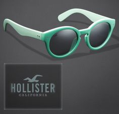 A marca californiana Hollister, surgiu em 2000, derivada da marca Abercrombie & Fitch! Com a proposta de atender o publico adolescente/jovem a um preço acessível, a Hollister se popularizou pelo estilo casual e despojado de suas roupas e acessórios, virando referència na moda surfwear! Atualmente a Hollister é a 2ª marca preferida entre os adolescentes americanos e a coleção de óculos também já é sucesso!  (Fonte: Hollister)