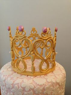 Crown Cake Topper by Silk Cakes