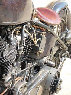 """Garage Company Bikes - David Beckham's Super Vintage 93"""" Knuckle #harleydavidsonbobbersratbikes"""