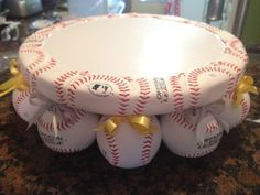 Baseball Cake Platter - This would be cute for a boys birthday, baby shower. Change the balls to softballs for a girl. Softball Party, Baseball Birthday Party, Boy Birthday, Birthday Ideas, Softball Stuff, Sports Birthday, Sports Party, Birthday Cakes, Softball Wedding