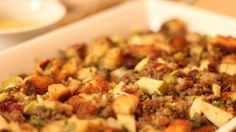 Freshly toasted bread cubes, turkey sausage, chopped apples and dried cranberry combine to create a tasty fruited stuffing for a 10-pound turkey.