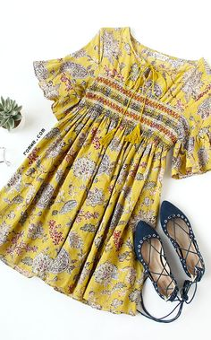 Yellow Ruffle Sleeve Florals Lace Up Dress Fast Fashion, Love Fashion, Fashion Outfits, Womens Fashion, Spring Summer Fashion, Spring Outfits, Estilo Hippy, Outfits Mujer, Mellow Yellow