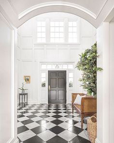 Classic Colonial Home Design - Home Bunch Interior Design Ideas black and white check tile entry Classic House, Colonial House Interior, Home Interior Design, House Design, Beautiful Houses Interior, House Interior, Luxury Homes, Cottage Style Homes, Luxury Interior Design
