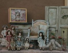 Doll's dolls