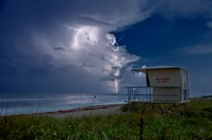 Night Lightning under the Full Moon at Hobe Sound, Fl hdr Hobe Sound Florida, Jupiter Lighthouse, Lighthouse Photos, Weather Cloud, Like Image, Palm Beach County, Wild Nature, West Palm, Heaven On Earth