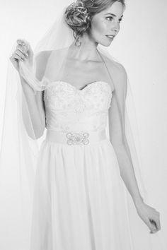 Lenka Schlawinsky Photography Düsseldorf - Fashion fashion fashionphotography bride bridalcouture dress gown