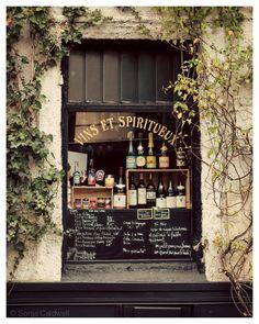 Vins et Spiritueux - French shop window sign, Paris, wine, spirits, liqueur, kitchen decor, bar decor - Original Fine Art Photography