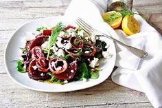 Petit Gâteau : Rote-Bete-Salat mit Schafskäse, die Vitaminbombe passend zum Frühlingsstart