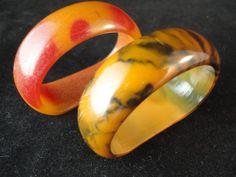 Pair of Vintage Plastic Bakelite (?) Napkin Rings #bakelite ? #vintage