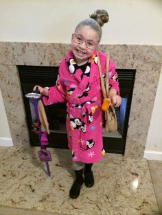 100th day of school dressed like a 100 year old lady!!! 100th day of school outfit