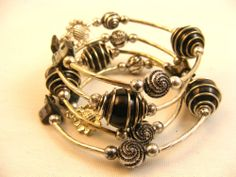 Silver-Tone and Black Glass Pearl Coil Memory Wire Bracelet Christmas Holiday Gift  Free Shipping