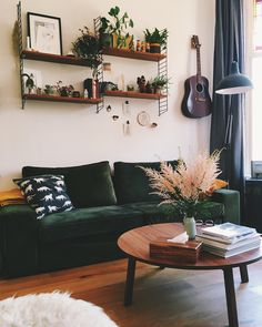 It's the cleaned-the-house-for-guests photo shoot: Living Room Edition