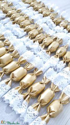 Textil szaloncukrok (SZOFIsticated) - Meska.hu Textiles, Diy Products, Bracelets, Gold, Jewelry, Love, Jewlery, Jewerly, Schmuck