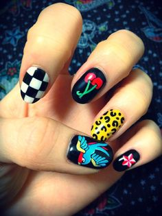 Wih I was cool enough for nails like these :(