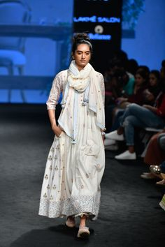 Complete collection: Gazal Mishra at Lakmé Fashion Week summer/resort 2019 Indian Dresses, Indian Outfits, Indian Clothes, Indian Fashion, Womens Fashion, Fashion Trends, Indian Designer Outfits, Indian Designers, Lakme Fashion Week