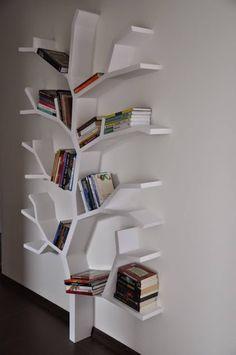 6 Shelving ideas for a home - DIY Möbel Tree Bookshelf, Creative Bookshelves, Tree Shelf, Bookshelf Ideas, Diy Bookshelf Design, Wall Shelves Design, Space Saving Furniture, Home Decor Inspiration, Home Accessories