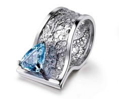 Aquamarine and platinum lace ring by Pia Mariani